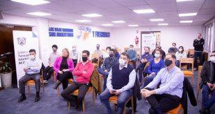 Hospital de Ushuaia: Equipo de Terapia intensiva compartió experiencias con Intensivistas del País