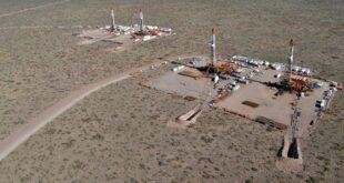 """Vaca Muerta: cierran empresas petroleras en Neuquén porque """"barril criollo"""" no arranca"""