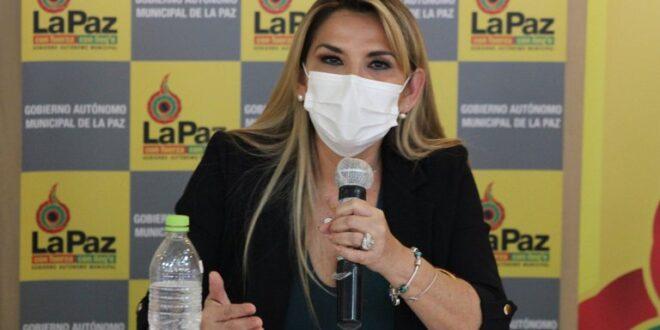 Bolivia: la presidenta interina Jeanine Áñez tiene coronavirus