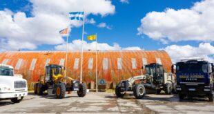 Vialidad Provincial presentó nueva maquinaria adquirida con fondos propios del organismo