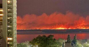 El gobierno bonaerense declara emergencia ambiental en el Delta del Paraná por los fuertes incendios